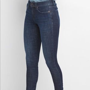 Gap 360 jeans